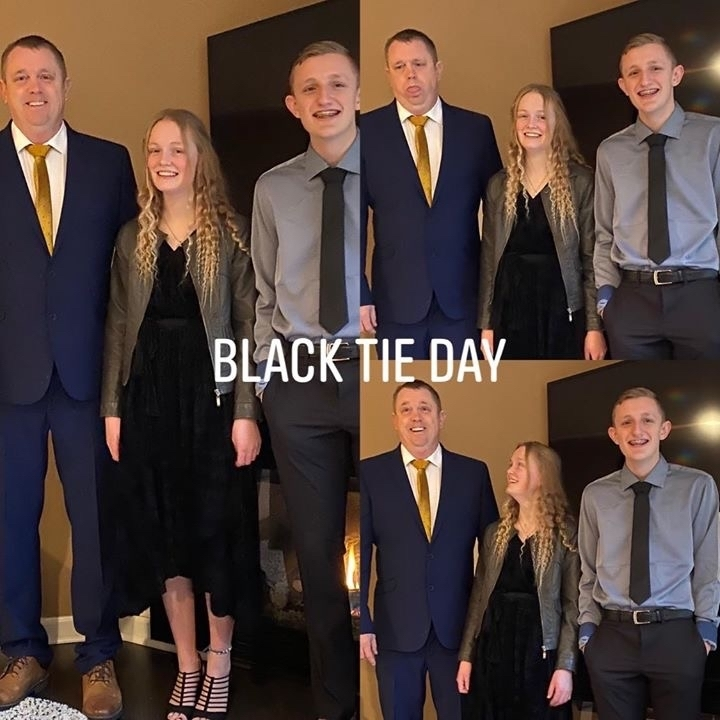 Black tie dress up day